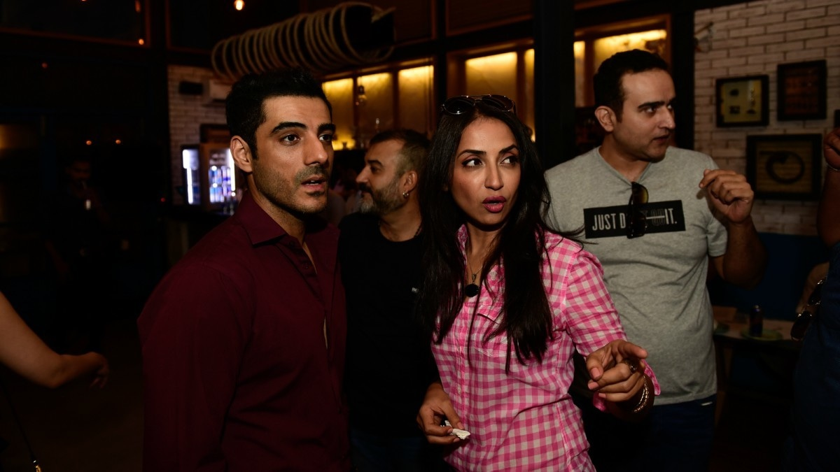 Adeel Hussain, Zara Tareen and Abbas Ali Khan at the Red Bull Radio launch in Karachi — Photograph by Nadir Toosy