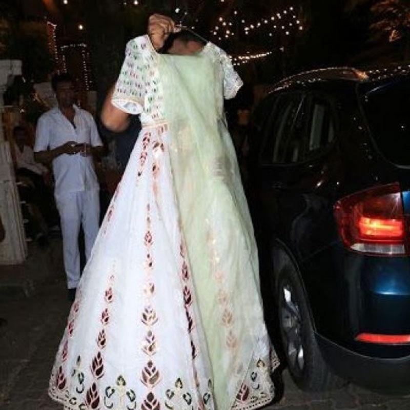 مہندی کی تقریبات میں ممکنہ طور پر اداکارہ یہ لباس پہنیں گی—فوٹو: دکن کیرونیکل