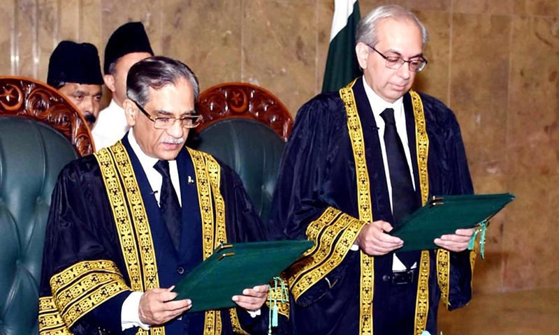 Chief Justice Saqib Nisar administering the oath of the office of Supreme Court judge to Sindh High Court (SHC) judge Justice Munib Akhtar at Supreme Court of Pakistan, Islamabad. —Photo provided by author