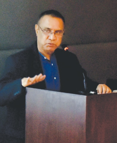 DR Nomanul Haq speaks at IBA on Monday.—White Star