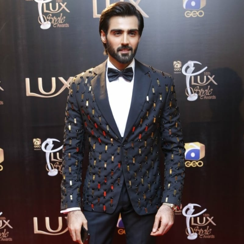 Hasnain Lehri can pull this off. But the average man might not feel as confident.