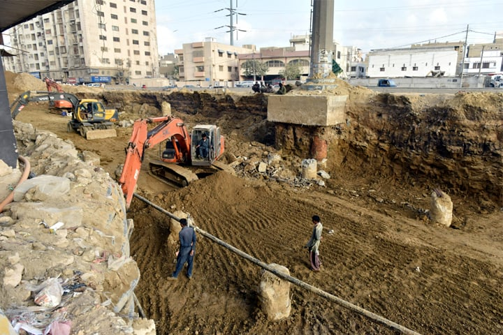 KARACHI: Construction work on an underpass at Punjab Chowrangi is in progress. The Sindh government cites projects of this sort to argue that it has brought a great deal of progress in the province.—White Star