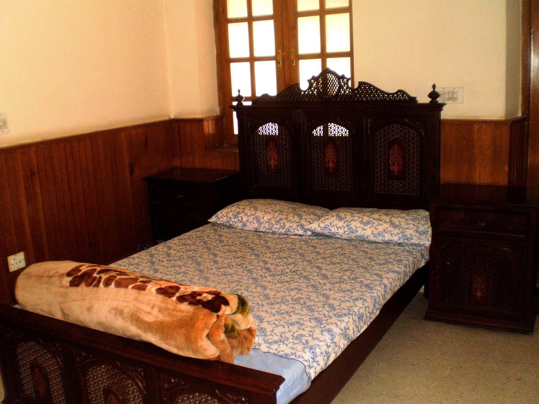Jinnah's bedroom.