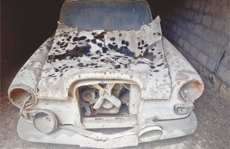 The Mercedes Benz in 2016 before it was taken in for restoration | Photo Fahim Siddiqi/White Star