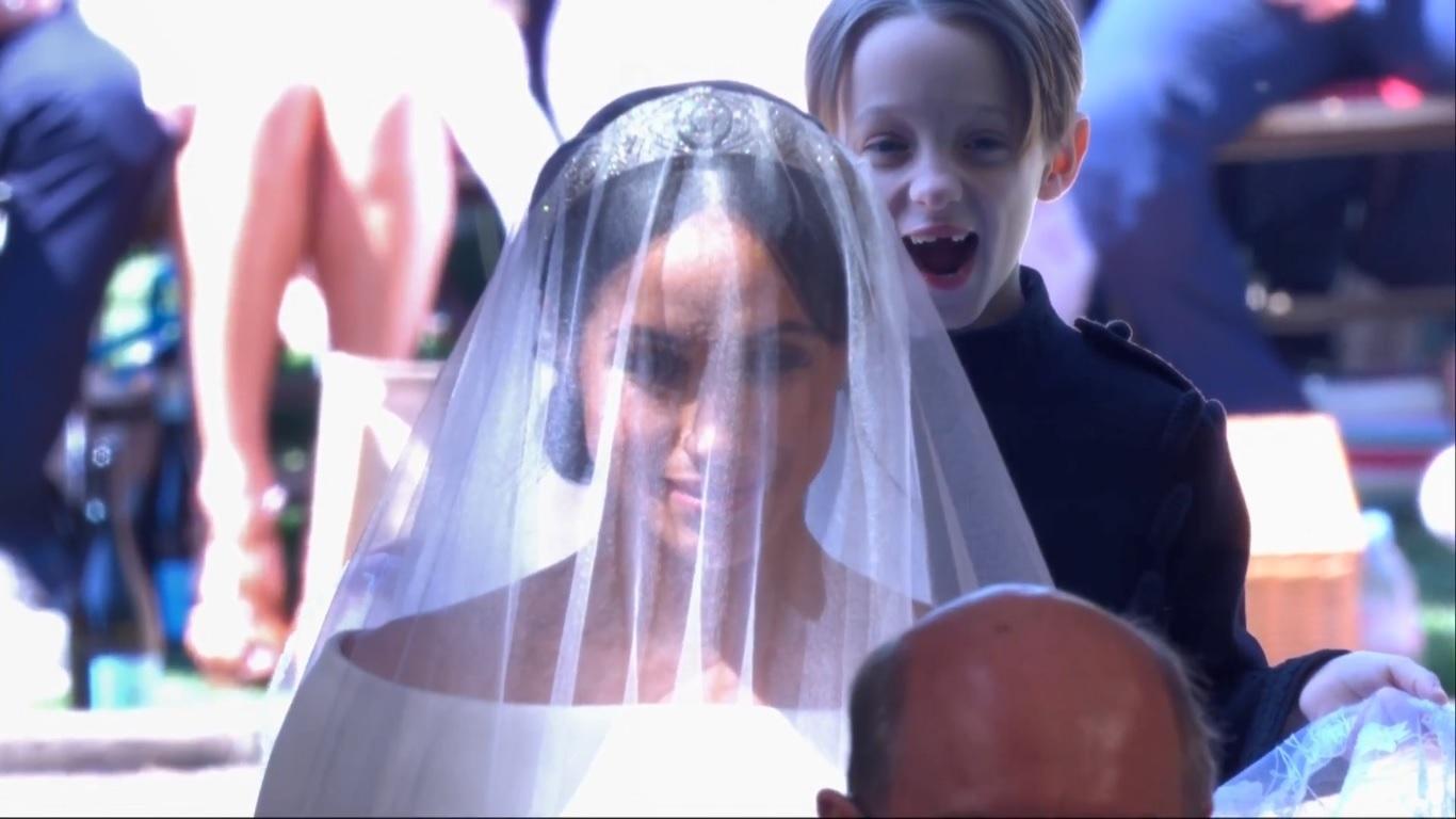Meghan Markle's wedding dress finally revealed!