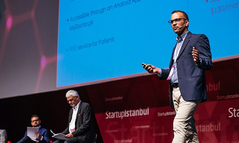 CEO Abid Zuberi speaking at StartupIstanbul in the run-up to the launch of Olacdoc.