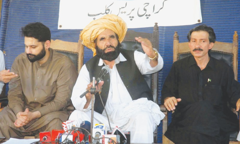 Naqeeb's father seeks probe into Rao Anwar's luxurious lifestyle, frequent Dubai visits