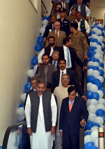 QUETTA: Prime Minister Shahid Khaqan Abbasi visits the newly-renovated and extended international airport during its inauguration ceremony on Wednesday.—APP