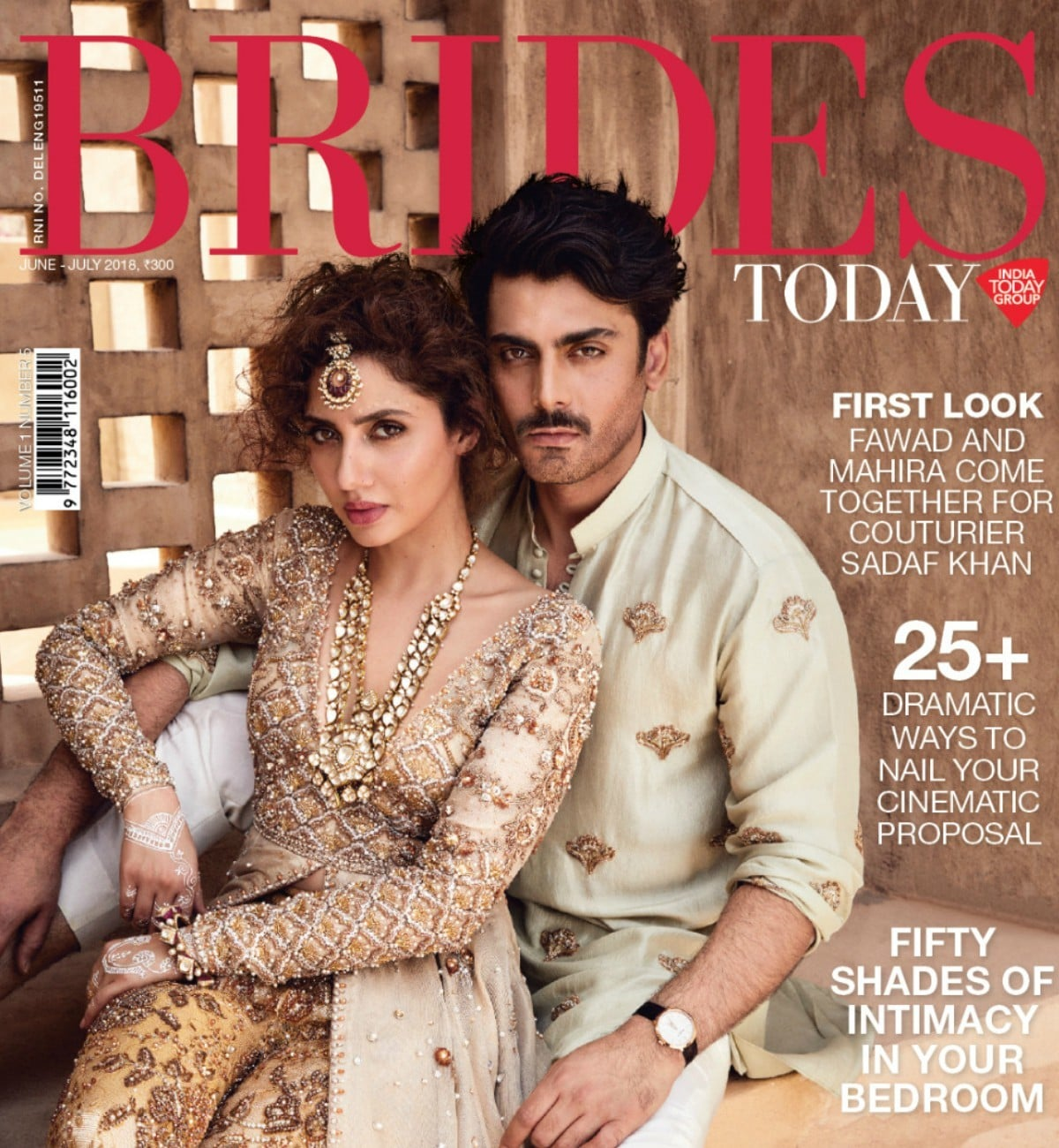 Mahira And Fawad Are Back In India... On This Sizzling