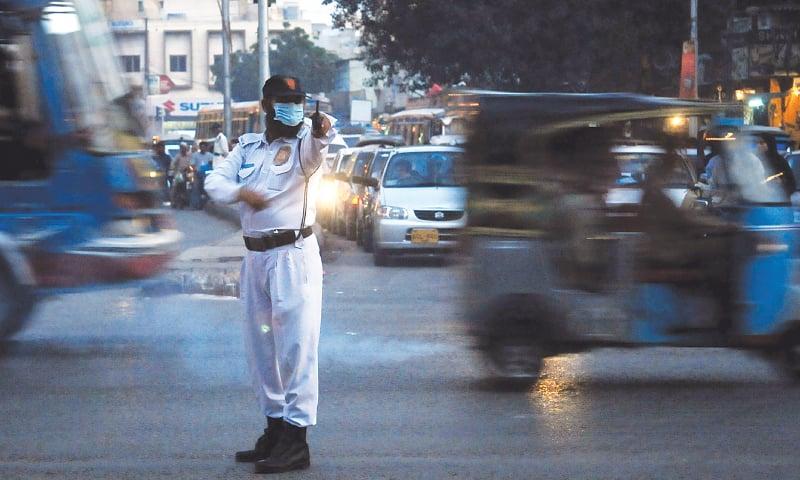 An intersection at Tibet Centre on M.A. Jinnah Road, Karachi | Fahim Siddiqi/White Star