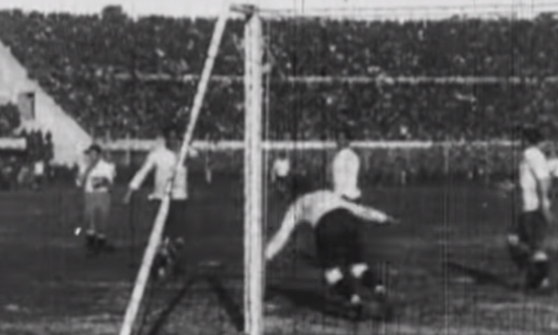 1930 کے ورلڈ کپ کا منظر— فوٹو، اسکرین شاٹ