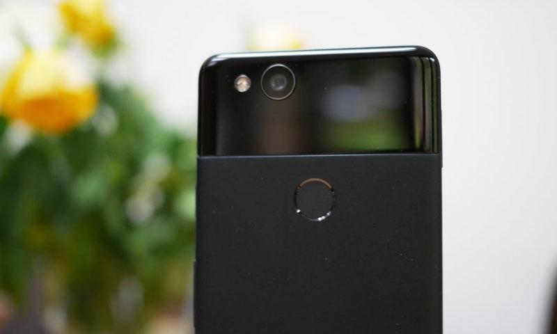 سامنے آنے والی تفصیلات کے مطابق پکسل 3 ایکس ایل کے فرنٹ پر 2 کیمرہ ہوں گے—فوٹو: ایکس ڈی ایل ڈویلپرز