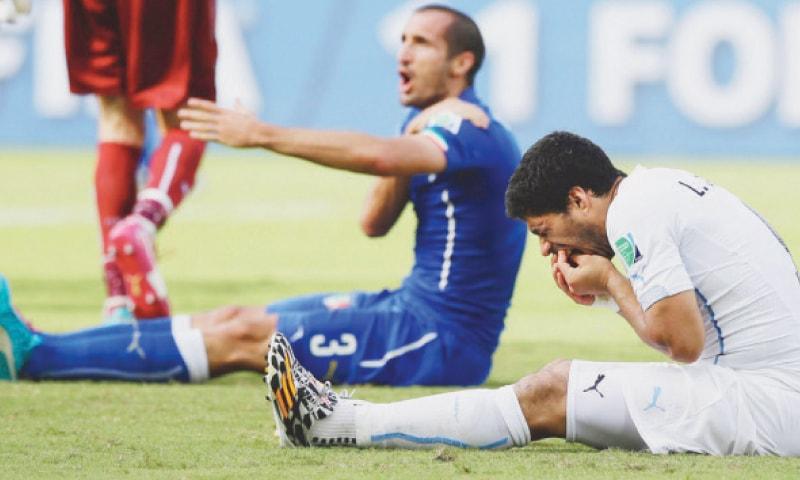 2014 کے ورلڈ کپ میں سواریز اور شیلینی دانتوں سے کاٹنے واقعے کے بعد
