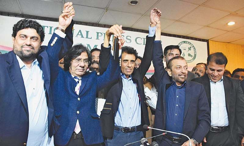 Fear of PPP, PSP forces MQM factions to patch up