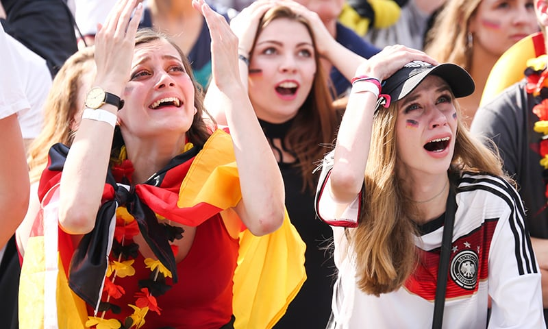 عالمی کپ سے جرمنی کے اخراج کے بعد جرمنی میں سوگ کا سماں ہے— فوٹو: اے ایف پی