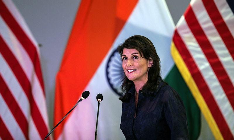 نکی ہیلی نئی دہلی میں ایک کانفرنس سے خطاب کر رہی ہیں — فوٹو: اے ایف پی
