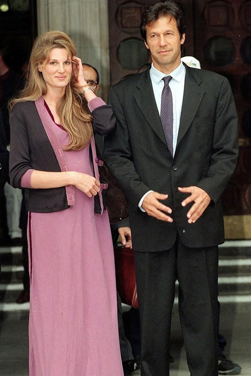عمران خان اپنی پہلی اہلیہ جمائمہ خان کے ساتھ —فائل فوٹو: ڈیلی میل