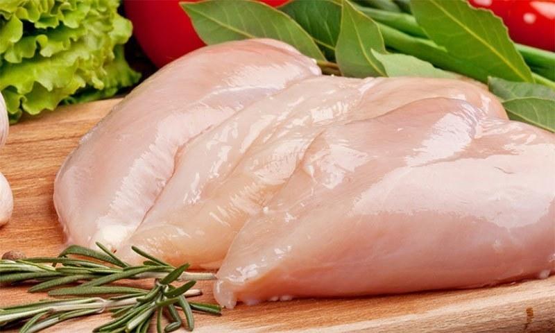 چکن کھانا جسم کو کتنا فائدہ یا نقصان پہنچاتا ہے؟