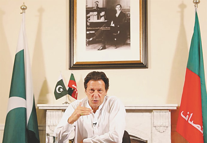 ISLAMABAD: MNA-elect Imran Khan unveiling his agenda during a speech on Thursday.