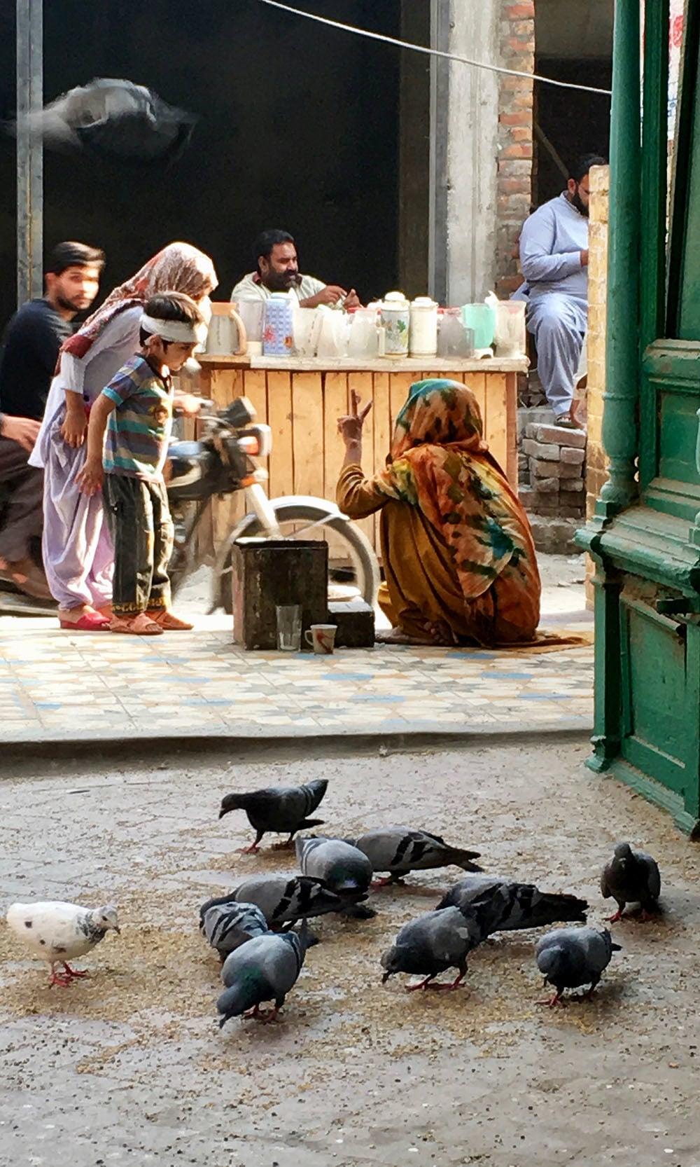 Street scene near Haram Gate