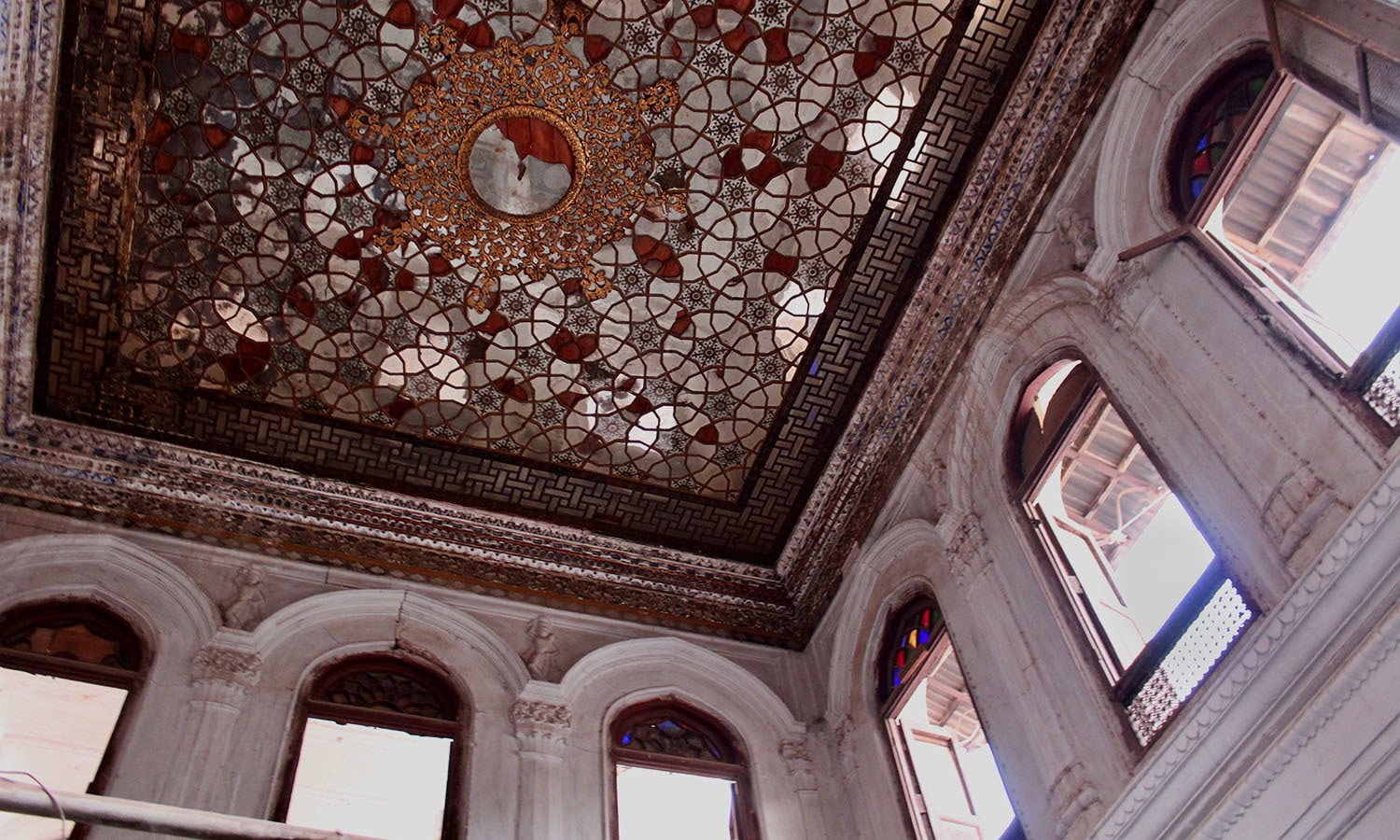 Interior of the musaferkhana