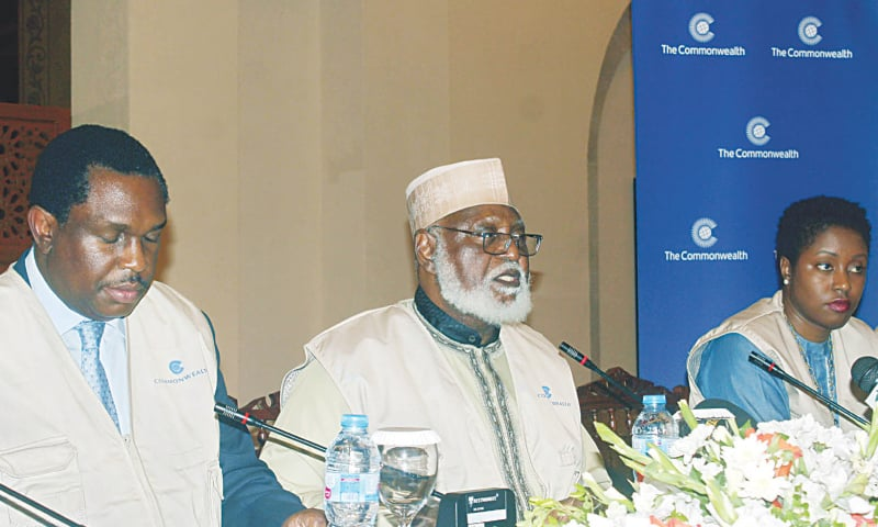 ISLAMABAD: Head of the Commonwealth mission retired Gen Abdulsalami Abubakr addresses a press conference regarding general elections 2018 at local hotel on Friday.—Online