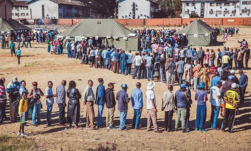 Long queues as Zimbabwe votes in first post-Mugabe election