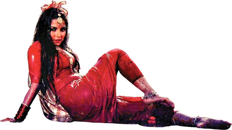 Babra Sharif in Ishq Rog   Guddu Film Archive