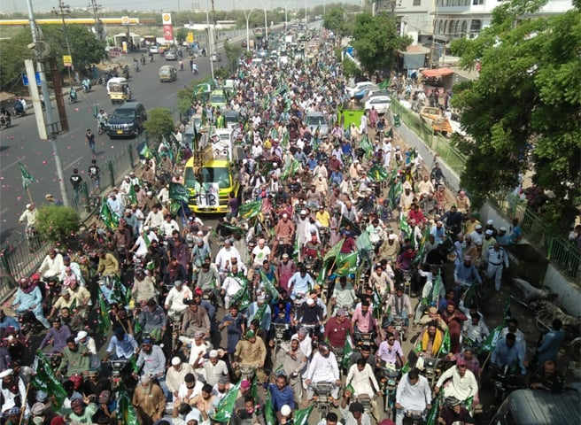 TLP's Karachi rallies drew in far greater numbers than the Muttahida Majlis Amal and the Pak Sarzameen Party