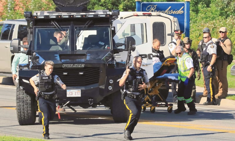 Two policemen among four killed in Canada shooting