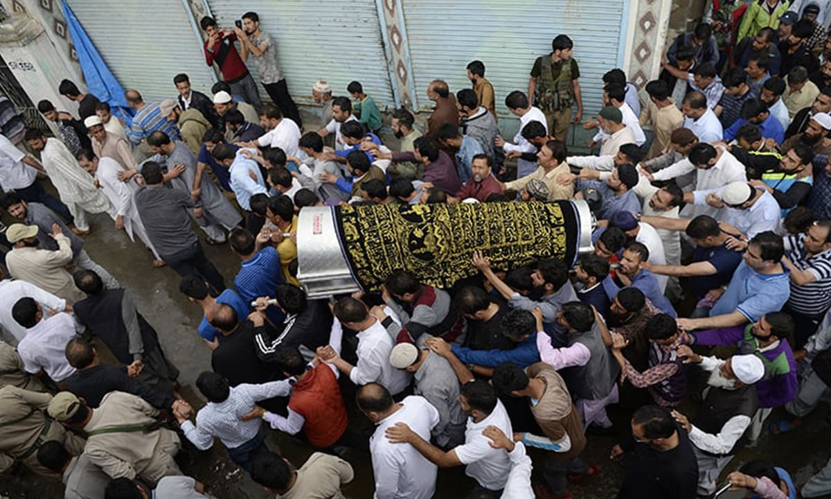 Violence can't kill our spirit, say Kashmir's journalists