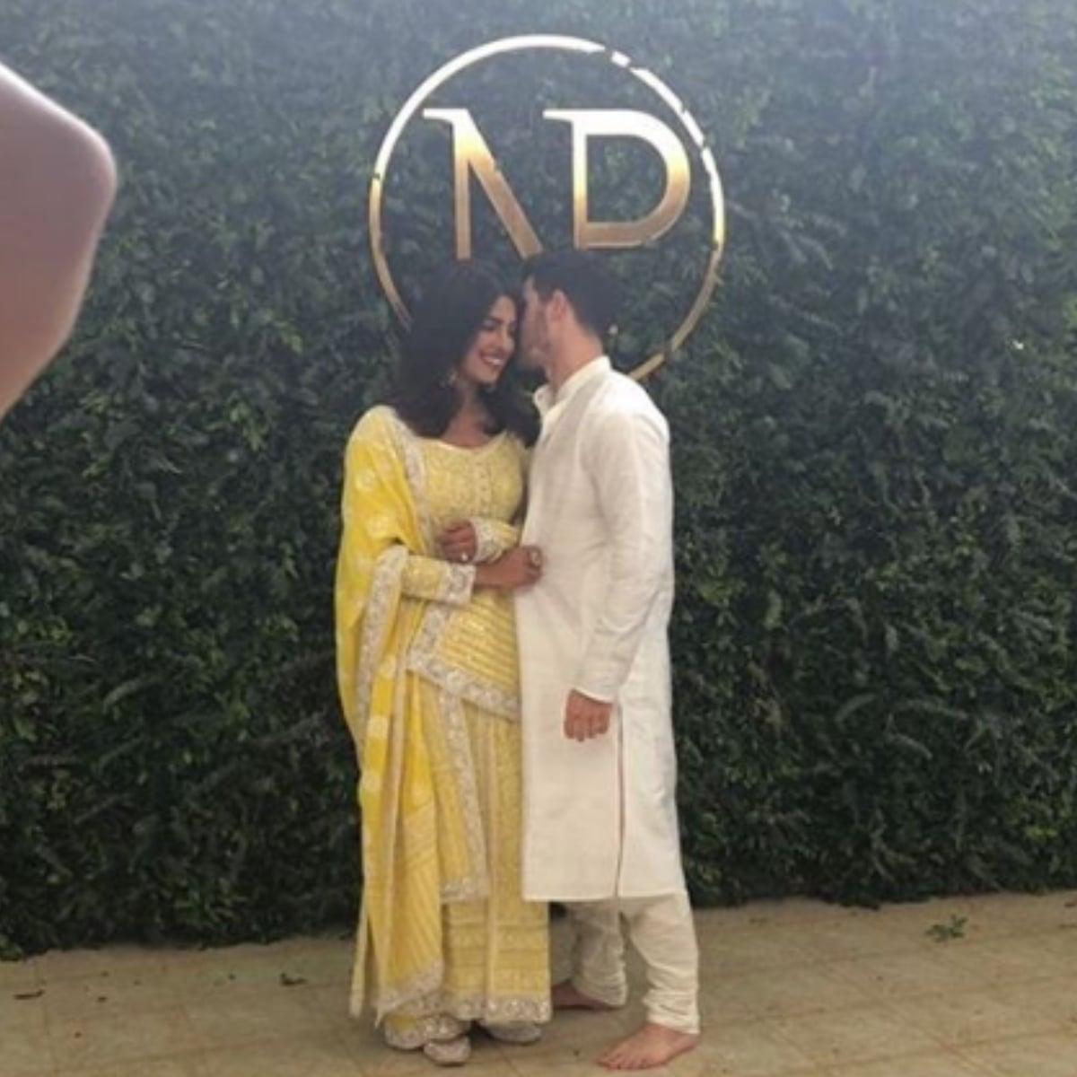 پریانکا نے 18 اگست کو امریکی گلوکار سے منگنی کی—فوٹو: انسٹاگرام