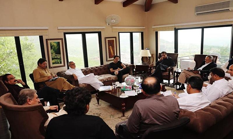 فوٹو: عمران خان آفیشل فیس بک پیج—