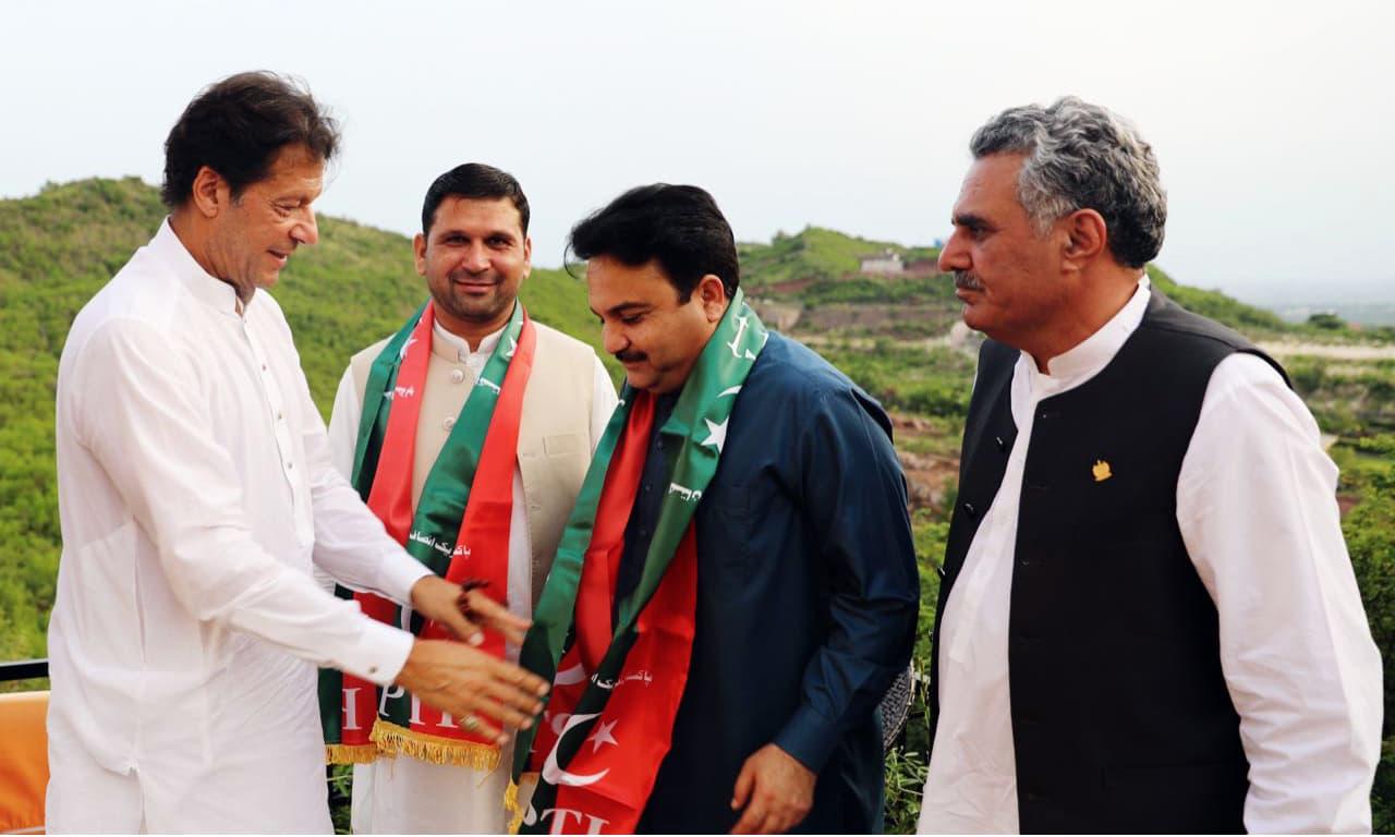 Senators Aurangzeb Khan, Sajjad Hussain Turi and Mirza Mohammad Afridi meet PM Imran Khan at his Banigala residence. —Photo provided by author