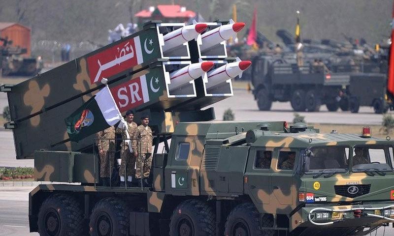 پاکستان کے پاس بھی ایٹم بم سمیت دیگر ایٹمی ہتھیار ہیں—فائل فوٹو: دی نیشنل انٹریسٹ