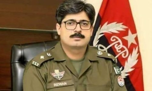 Editorial: The controversy surrounding Pakpattan DPO's transfer is a missed opportunity for PTI