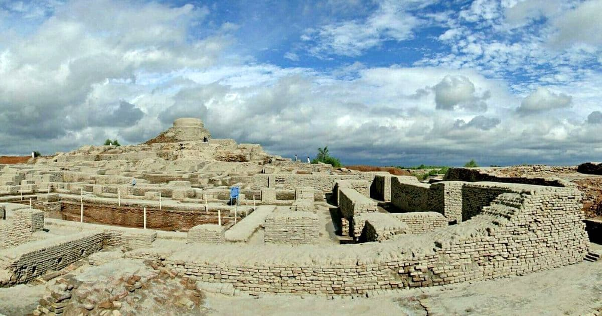 In stan, appreciation of the Indus Valley civilisation ... on indus valley harappa, ancient indus valley civilization cities, indus valley buildings, nile valley cities, indus valley grid system, minnesota river valley cities, huang he river valley cities, fertile crescent cities, indus valley houses, indus valley desert, indus valley ruins,