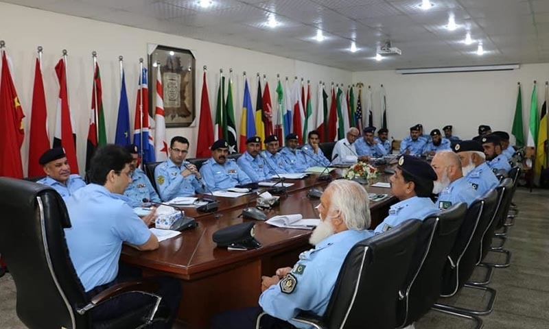 Islamabad police officials discuss strategy to deal with TLP rally. — Courtesy: Shakeel Qarar