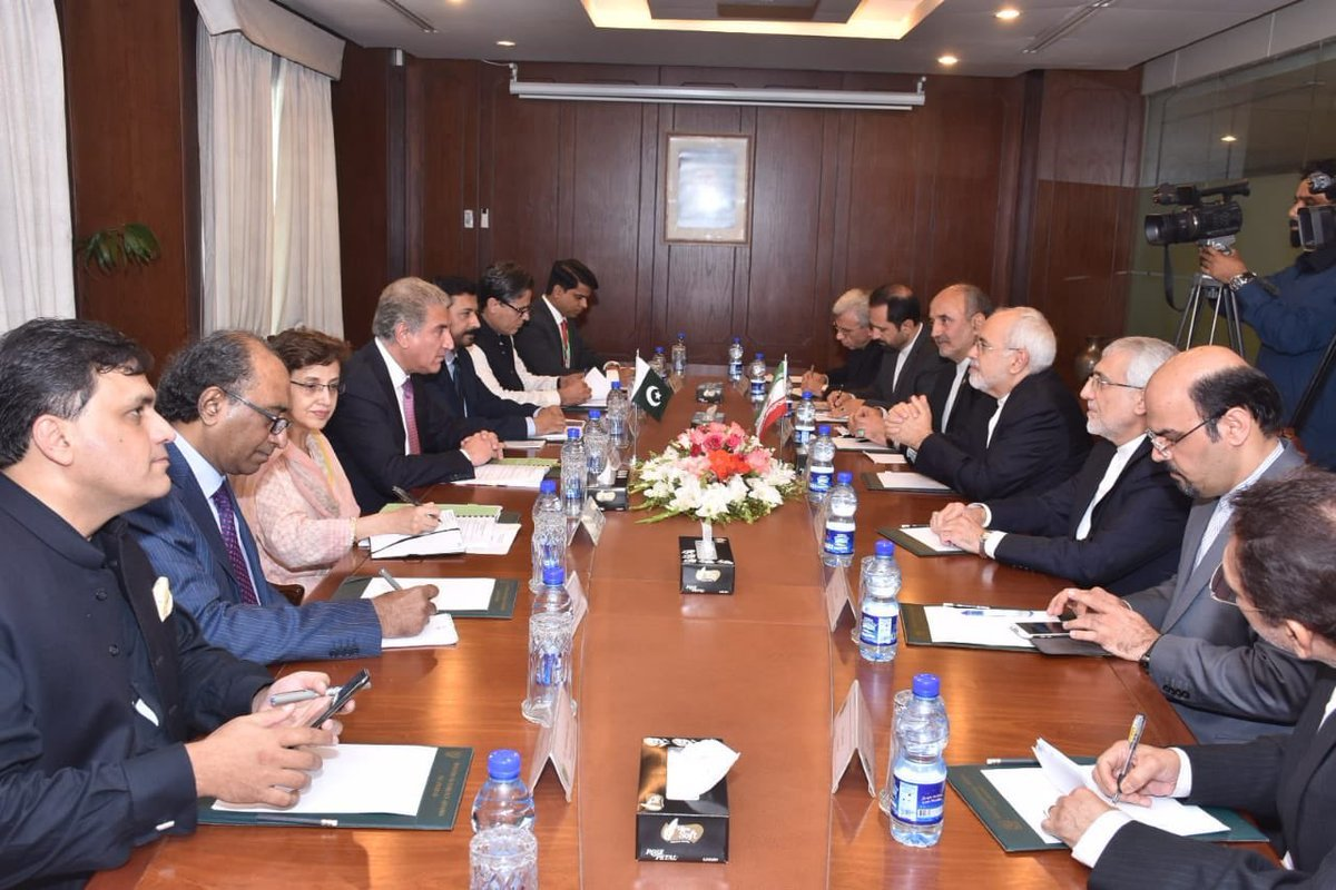 Foreign Ministers of Pakistan and Iran, and other officials meet in the Ministry of Foreign Affairs on Friday. ─ FO
