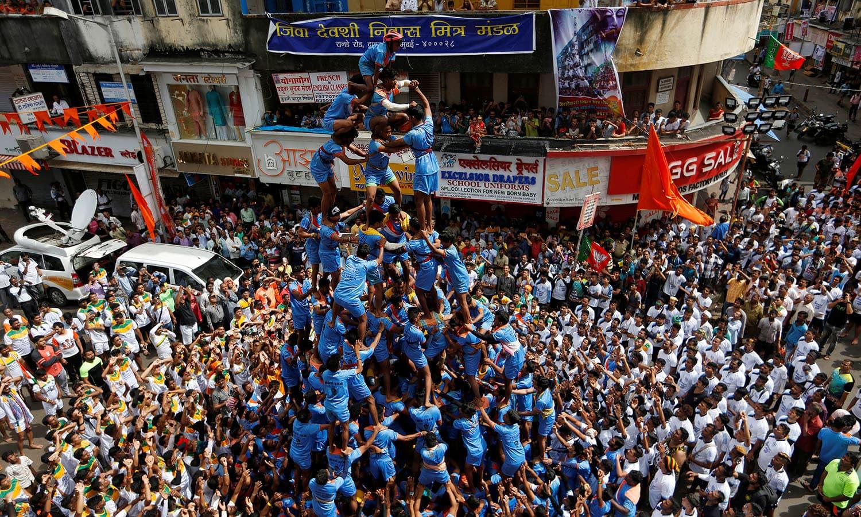 ہندو روایات کے مطابق آج سے ہزاروں برس قبل شری کرشنا دنیا میں تشریف لائے تھے — اے پی فوٹو