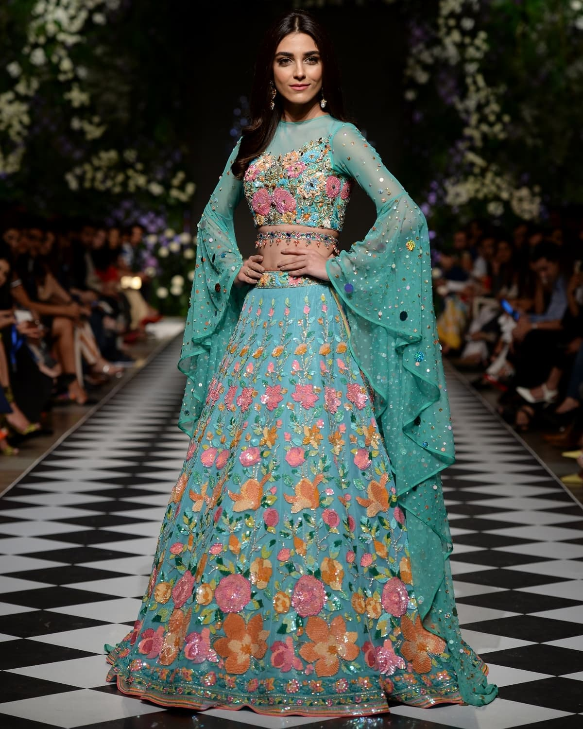 Maya Ali was the showstopper for Nomi Ansari