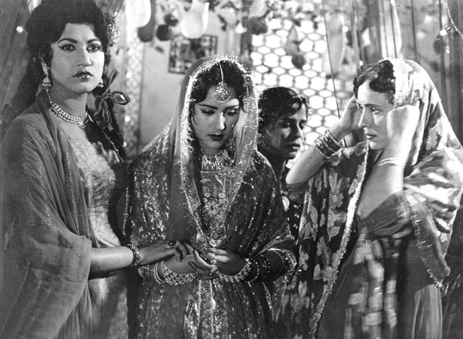 Bahar (left) bidding farewell to the bride in Saheli as their friends sing 'Mukhre Pe Sehra Dale ...'