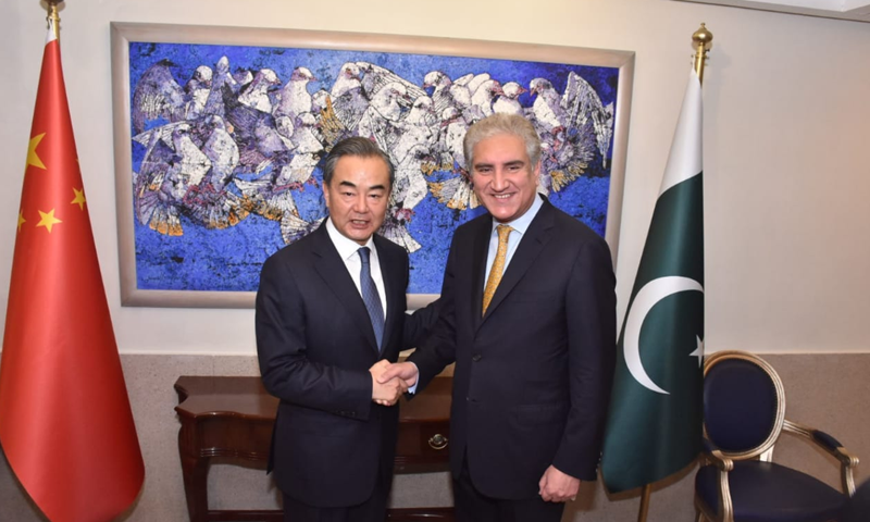 Islamabad, Beijing renew commitment on CPEC, economic cooperation
