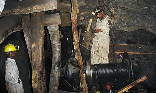 SC urged to order inquiry into deaths of 318 coal miners in eight years