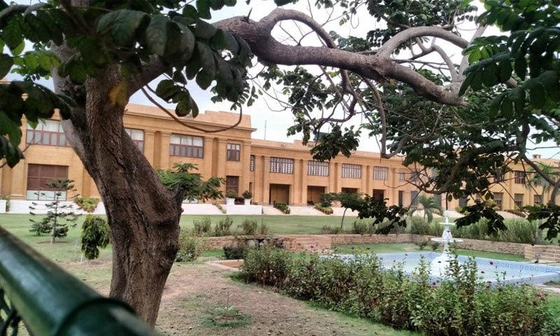 گورنر ہاؤس کی حالیہ عمارت کی تعمیر 1939 میں مکمل ہوئی—فوٹو: بشکریہ خالد ہاشمانی