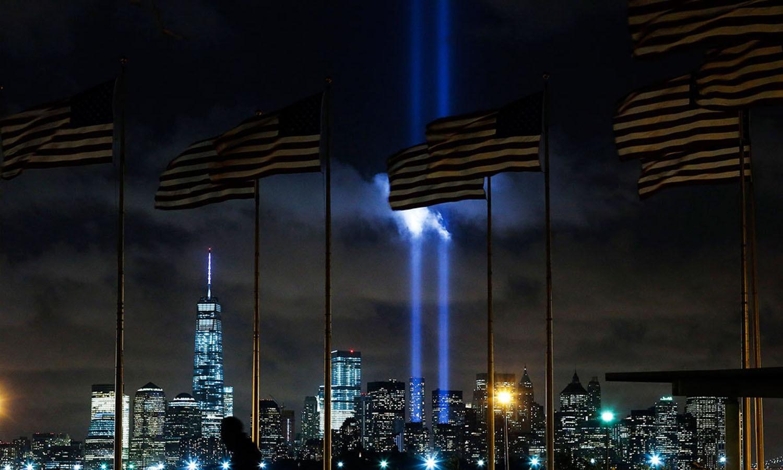 دہشت گردی کے خلاف جنگ میں مارے جانے والے 3 ہزار امریکیوں کے بدلے امریکا نے لاکھوں افراد کو اب تک ہلاک کردیا — فوٹو: اے ایف پی
