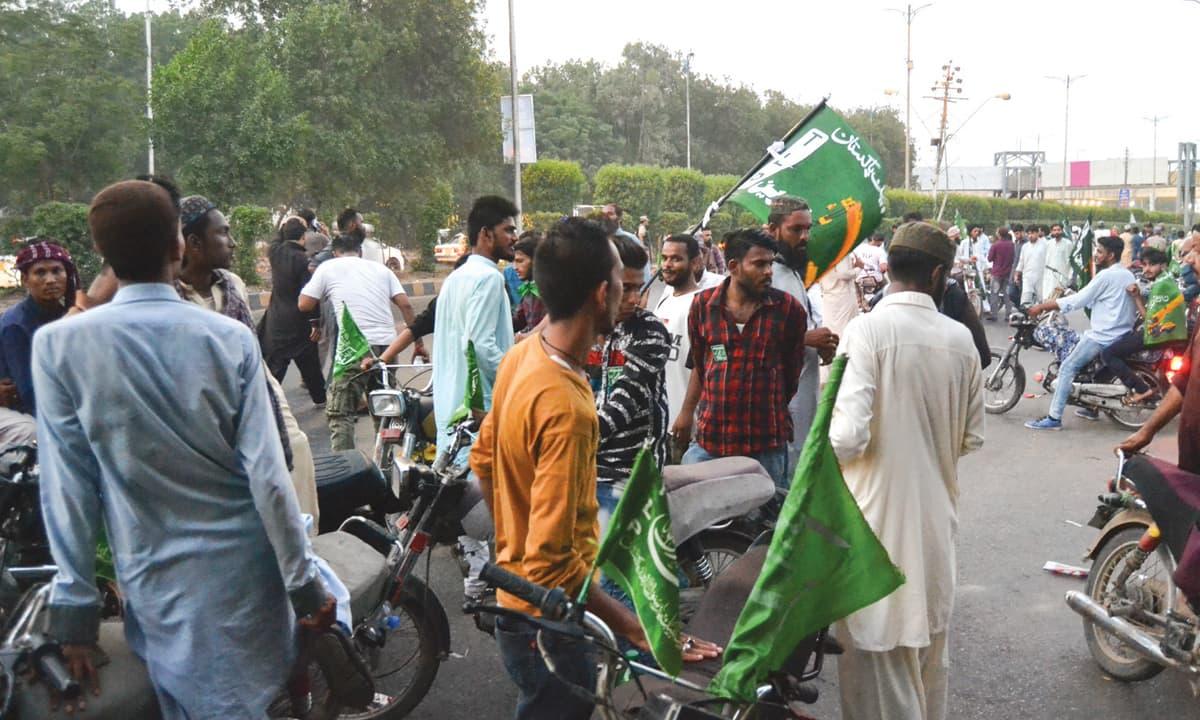 A Tehreek-e-Labbaik Pakistan rally in Karachi |Momina Manzoor Khan