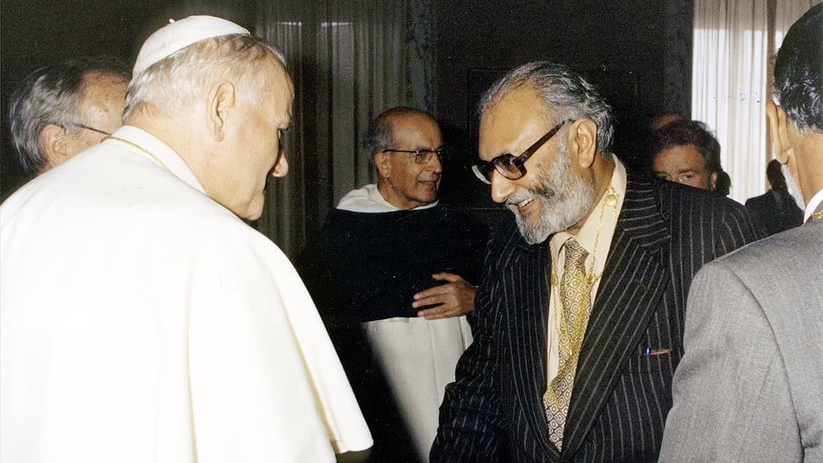 Abdus Salam with Pope John Paul II