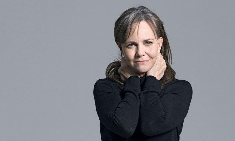 اداکارہ نے اپنی سوانح حیات میں کئی انکشافات کیے—فوٹو: ولچر