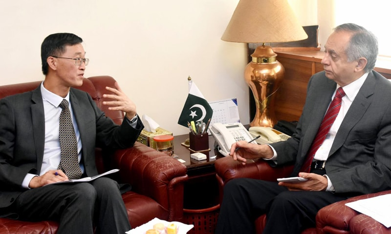 ISLAMABAD: Adviser to Prime Minister on Commerce Abdul Razak Dawood in meeting with Chinese Ambassador Yao Jing on Friday.